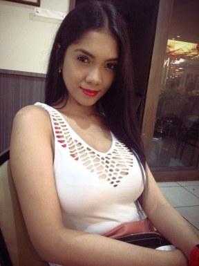 Hübsche Frau auf FilipinoKisses